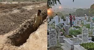 """Photo of পাকিস্তানে কবরের ভেতর থেকে ডাক, """"আমি বেঁচে আছি"""" আতঙ্ক তান্ডলিওয়ানওয়ালায়"""