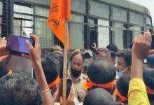 Photo of হিন্দু সংহতির মিছিল আটকালো পুলিশ, আটক ২০