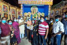 Photo of কম বাজেট ও সামাজিক সচেতনতা কর্মকাণ্ডের উদ্যোগী পুজোকমিটিগুলিকে শারদ সম্মান প্রদান