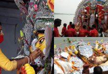 Photo of বিসর্জনের বোল…প্রথা মেনে উমাকে বিদায় টাকির জমিদারবাড়িতে