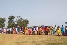 Photo of দশমীতে ভৈরবথানে পুজোর দিতে ভক্তদের লাইন, কপালে চিন্তার ভাঁজ প্রশাসনিক কর্মকর্তাদের