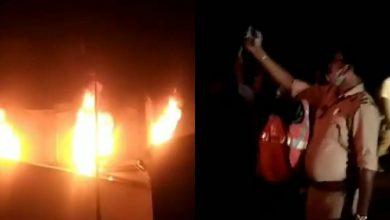Photo of কৃষি সেবায়ন ব্র্যান্ডের গোডাউনে অগ্নিকাণ্ড! ধীরগতিতে পুলিশি তদন্ত, খুশি নন এলাকাবাসী