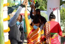 Photo of রাস উৎসবের প্রথম দিন এই ভিড় উপচে পড়ছে মদনমোহন বাড়িতে