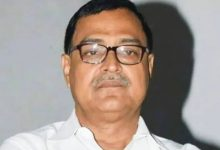 Photo of ভোটপ্রচারে বেরিয়ে বাধার মুখে দিনহাটার বিজেপি প্রার্থী, আক্রান্ত বিধায়ক মিহির গোস্বামীও
